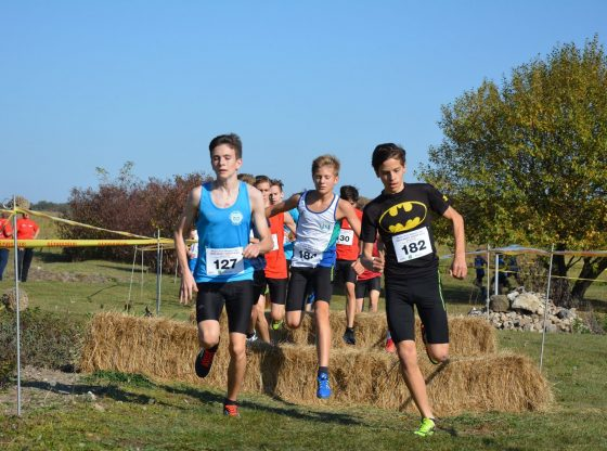Kovács Máté (középen) sérülése után tért vissza újra a versenyzéshez.